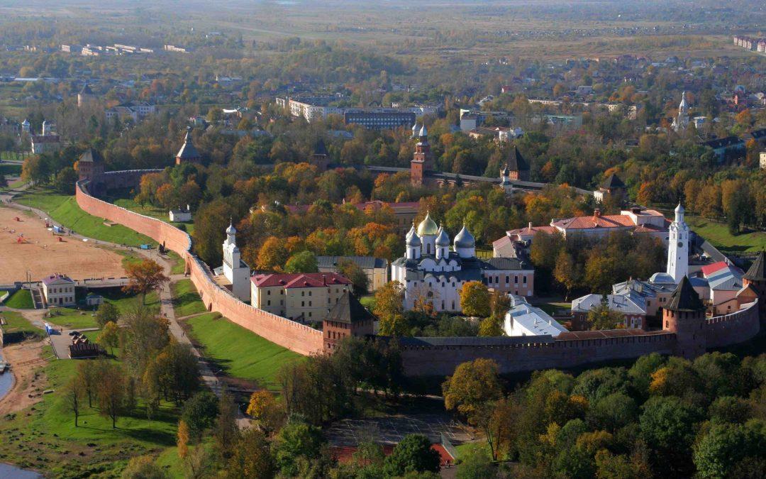 Novgorod, San Petersburgo y las repúblicas bálticas